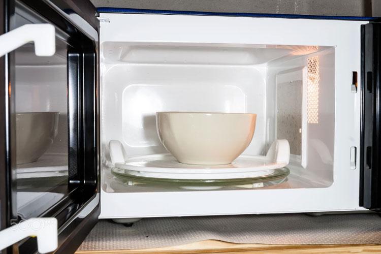 اصول نگهداری از مایکروفر لوازم خانگی برقی آچاره
