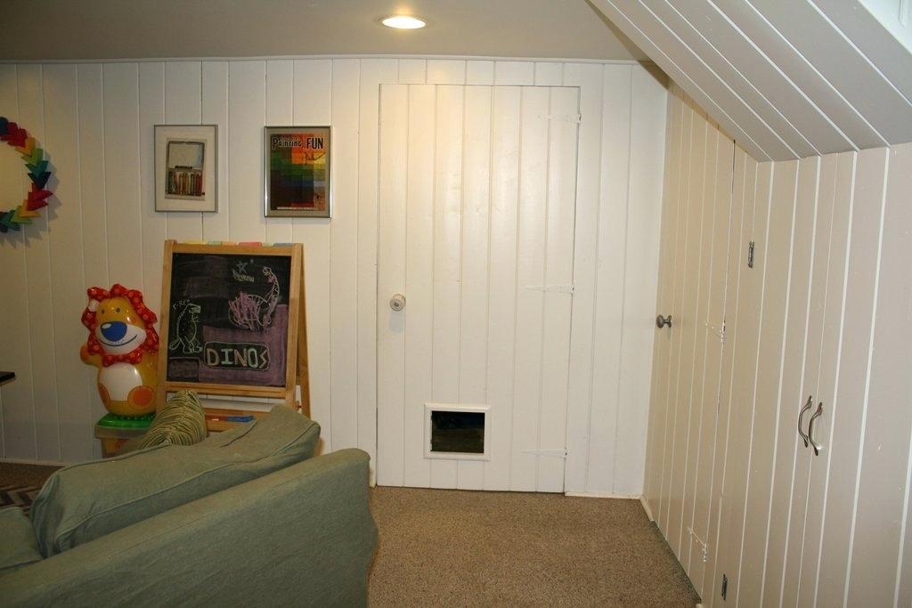 تمیزی دیوار چوبی