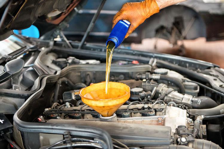 انتخاب انواع روغن موتور و روغن خودرو آچاره