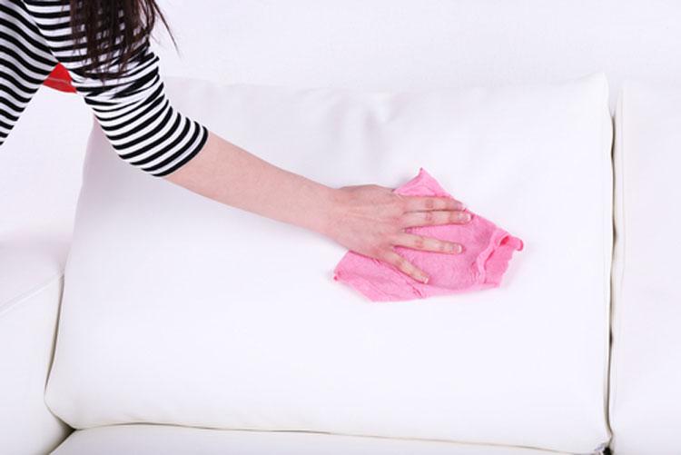تمیزی مبل پارچه ای