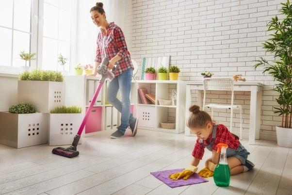 کمک گرفتن در خانه تکانی