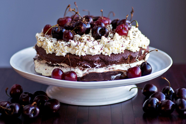 کیک جنگل سیاه