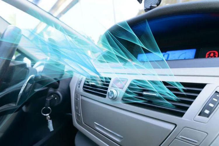 آزمایشی برای بررسی سالم بودن شارژ گاز کولر ماشین