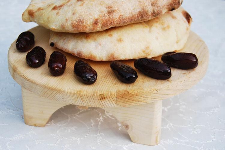غذای سحری و افطار آچاره