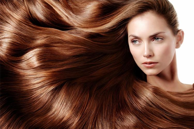 بهترین آبرسان طبیعی مو – آبرسانی مو با ۱۵ روش ساده