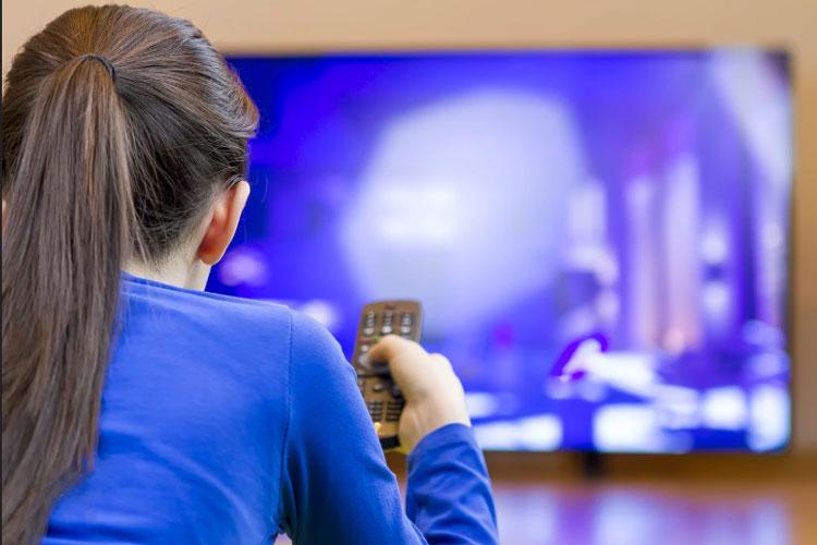 از تاریخچه تلویزیون تا راهنمای خرید تلویزیون