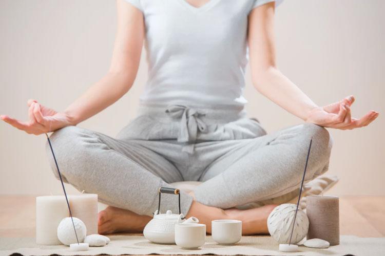 یوگا ورزشی عالی برای روح و جسم آچاره