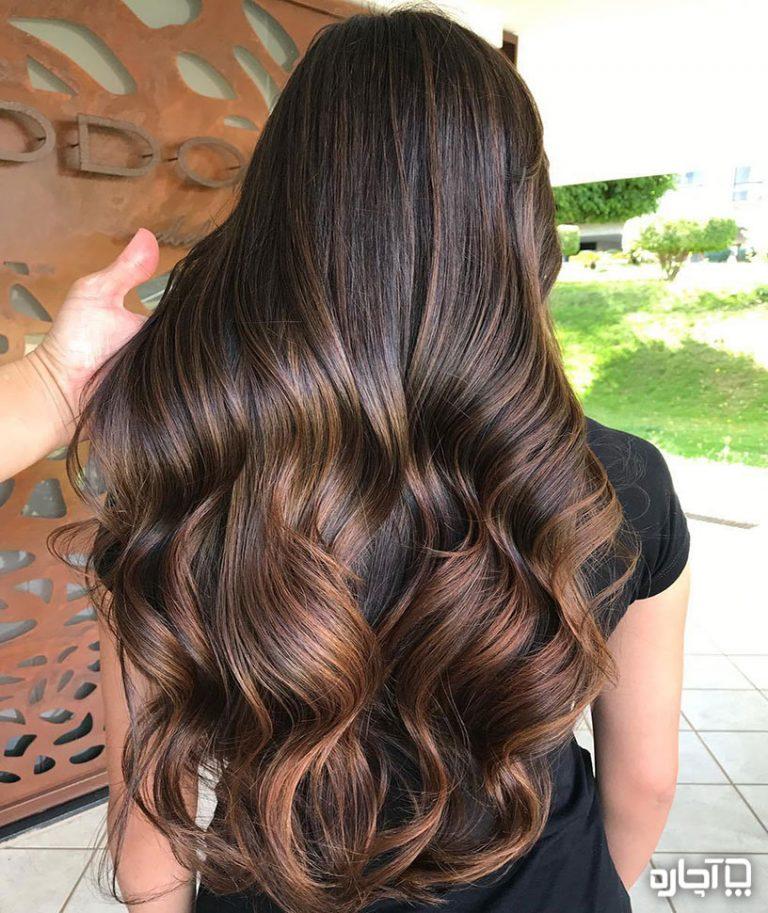 هایلایت مو روی مو تیره – با پایه مو قهوه ای و مشکی
